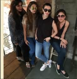 Kareena kapoor 35 birthday party pictures 2015 with karisma kapoor