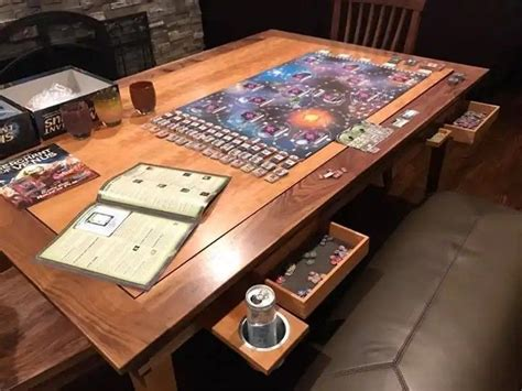 gaming table  love  pull  cup holders  dice