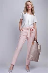 pantalon habillã femme pour mariage comment porter le tailleur pantalon en mode casual d 233 contract 233