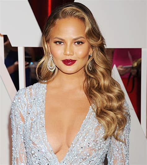 chrissy teigen hair color chrissy teigen dyes hair chocolate brown new