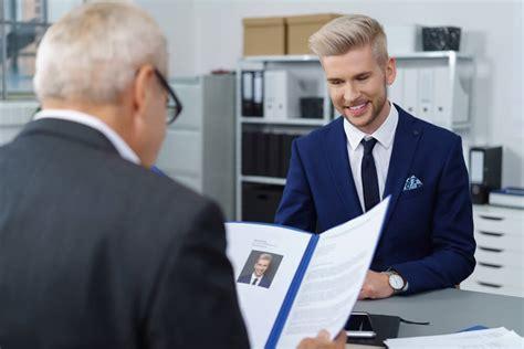 Lebenslauf Tabelarisch tabellarischer lebenslauf tipps und muster karrierebibelde