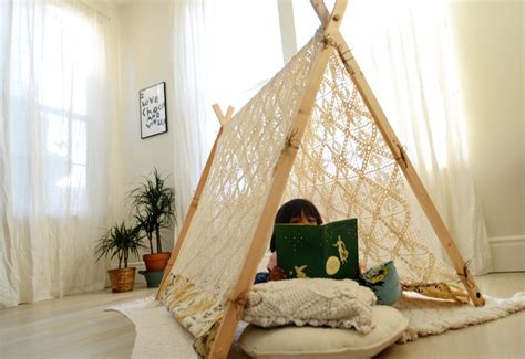 how to make a tent in your living room make your own a frame tent