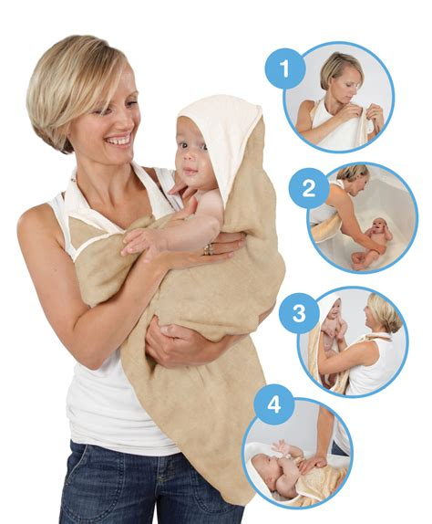 bathing newborn in the proper way to bathe your newborn baby blog for mom