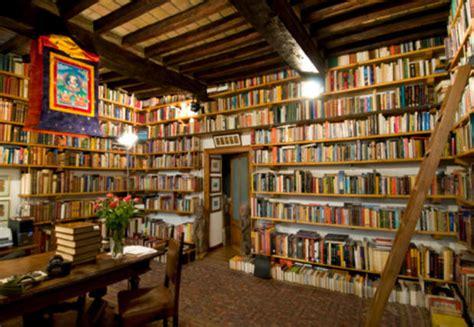 scale per libreria scale per librerie passione per libri marieclaire