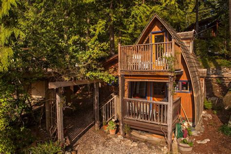 Cabins To Rent On Vancouver Island by Small Guest Cabin In Sechelt Columbia