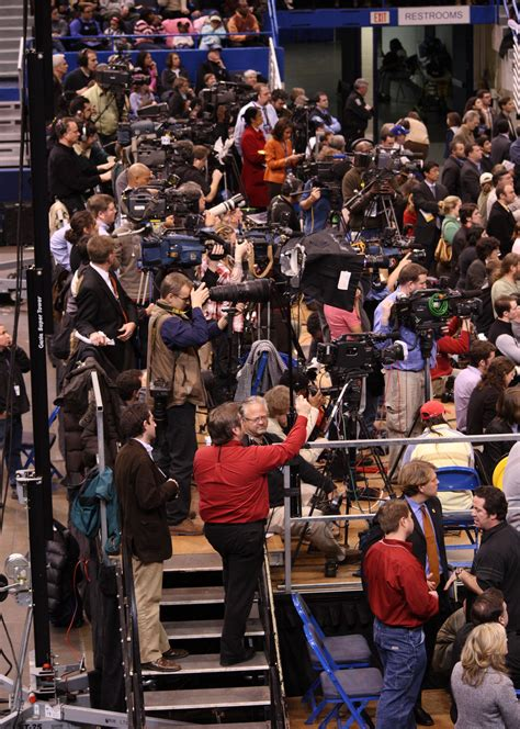 Press And Media Photographer On File Press Photographers And Crews At Barack Obama Rally February 4 2008 Jpg