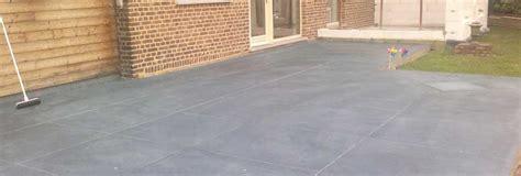 Terrasse En Ciment by Les Bonnes Raisons De Choisir Le B 233 Ton Pour Sa Terrasse De