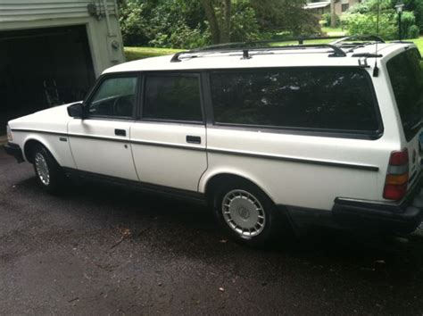 1992 volvo 240 service manual download 1992 volvo 940 free manual download service manual 1992 1992 volvo 240 gl wagon 4 door 2 3l 1 owner low miles manual very nice for sale volvo 240 1992