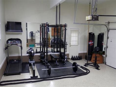 25 best ideas about small home gyms on home