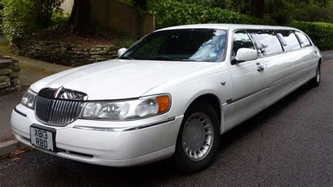 wedding car lincoln lincoln limousine wedding car hire bournemouth dorset
