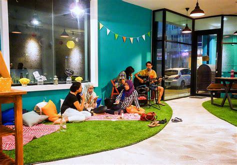 Lapis Legit Prune By Tiga Noni eat drink kl the picnic table layers the cake kota