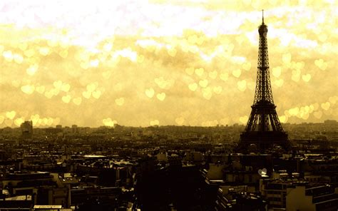 eiffel tower wallpaper for laptop sunset at the eiffel tower wallpaper hd wallpapers