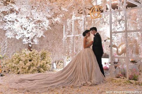 chelsea glenn wedding glenn alinskie chelsea olivia wijaya s wedding