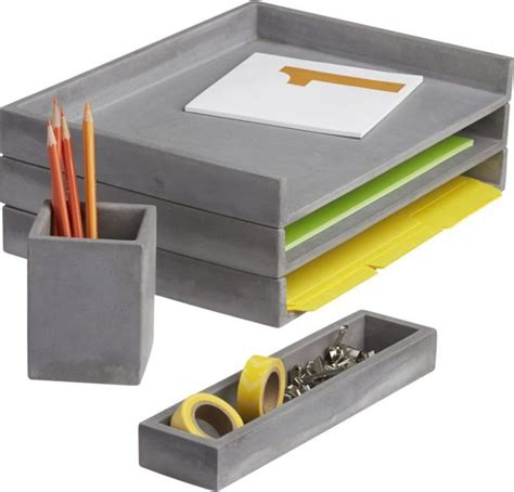 best office desk accessories 25 best ideas about office desk accessories on