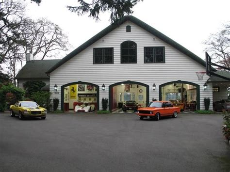 cool home garages awesome and most beautiful garages for super cars 54 pics