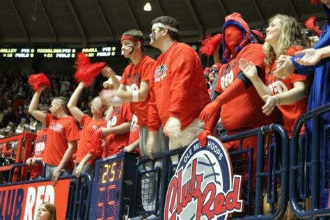 ole miss student section ole miss club red student section hottytoddy com