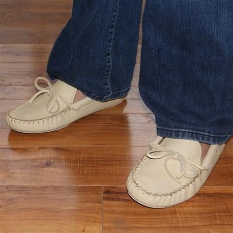 Handmade Moccasins Canada - 1000 images about s moccasins on
