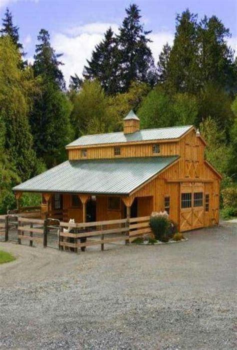 barn ideas 25 best ideas about horse barn designs on pinterest