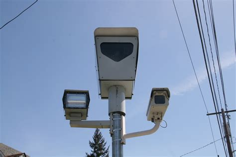 how do you beat a red light camera red light cameras have you been caught the bremerton beat
