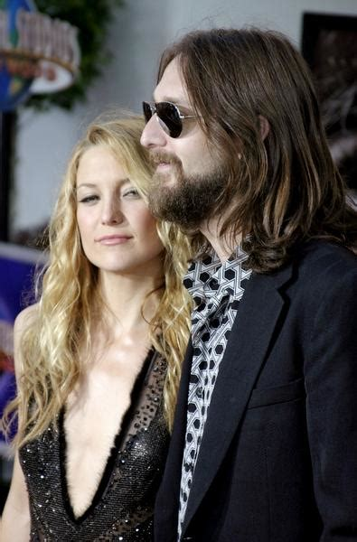 Chris Robinson Files For Divorce From Kate Hudson by Kate Hudson And Chris Robinson S Divorce Has Been Finalized