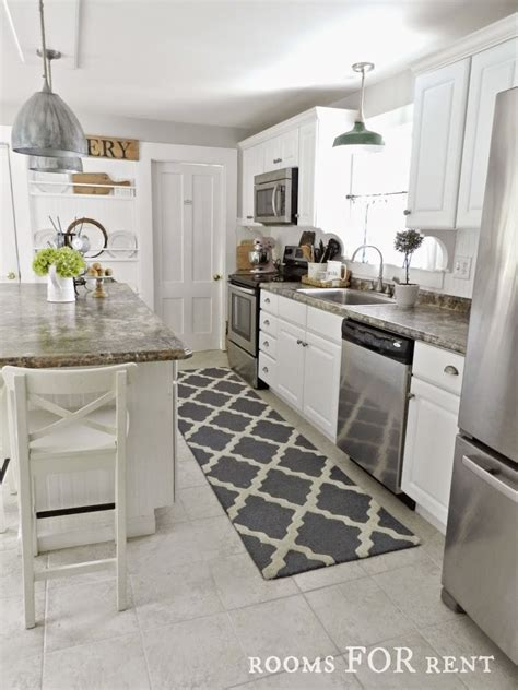 Rugs In Kitchen by New Runner In The Kitchen Rooms For Rent