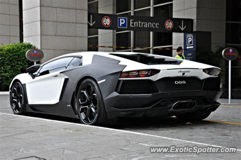 Lamborghini Aventador Price In Malaysia Lamborghini Aventador Spotted In Bukit Bintang Kl