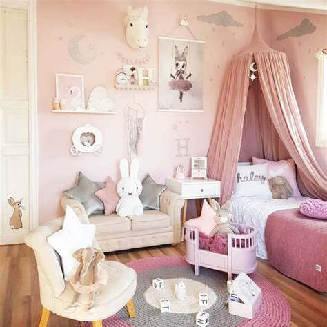 Little girl bedroom ideas and adorable canopy beds for toddler girls involvery community blog