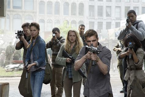 download film zombie comedy movie review warm bodies is the second best romantic