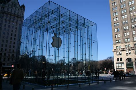 apple new york photo of the week fifth avenue apple store nyc roo