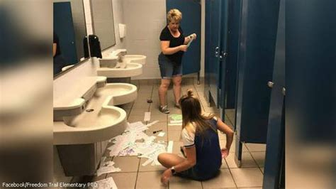 mom daughter raid school bathroomwhat  leave   stalls  parents cheering