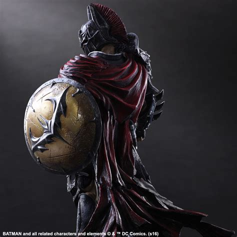 elmo espartano wallpaper dc play arts variant spartan batman the toyark news
