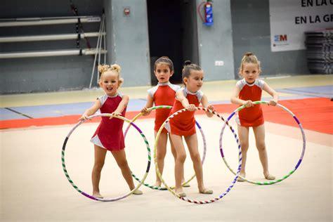 vestidos de gimnasia rtmica en los juegos infantiles r 237 tmica predeportiva club gimnasia r 237 tmica s s de los reyes
