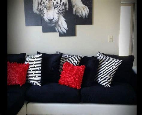 black throw pillows for sofa