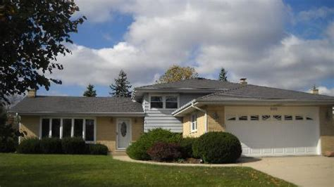news homes for sale in schaumburg il on drive schaumburg