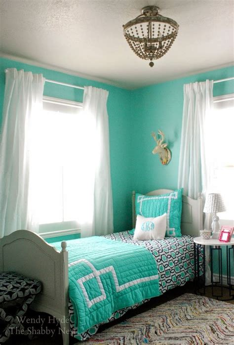 best 25 aqua blue bedrooms ideas on bedroom color combination colour combination