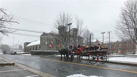Carroll County Library Digitizes Westminster Newspaper Reflections On Delmarva S Past Central Carroll Celebrate With Santa And Carriage Rides In Westminster Carroll County Times