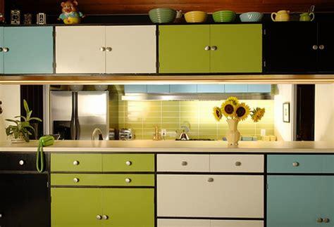 kitchen cabinet color trends 2014 pintar muebles de cocina recicla tus muebles