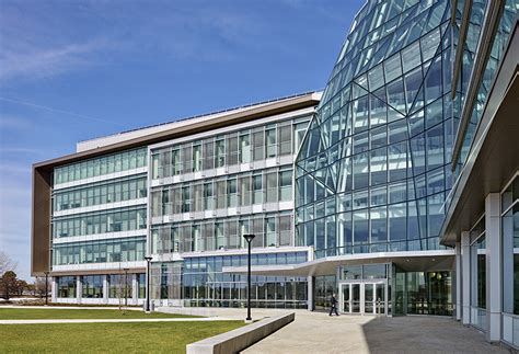 Boston Univsity 2018 Mba by Integrated Sciences Complex Design
