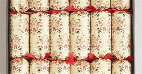 romanov luxury christmas crackers large downton crackers 6 count crackers downton and crackers