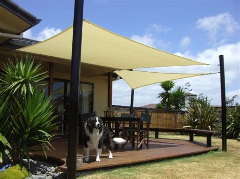 backyard sail shade 13 cool shade sails for your backyard canopykingpin com