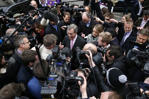 Records In Uk Record 84 000 Journalists In The Uk In 2016 According To Labour Survey Up