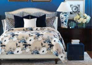 Gray Pintuck Duvet White Down Comforter Sets Dog Breeds Picture