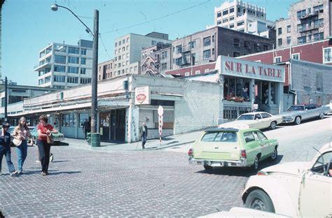 file sur la table pike place market 1978 jpg wikimedia