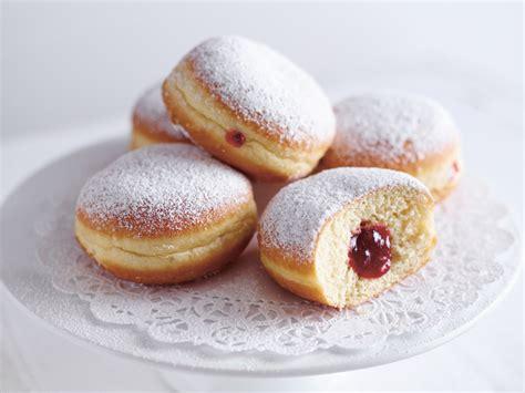 kuchen berliner sp 233 cialit 233 s de carnaval vs allemagne frenchy