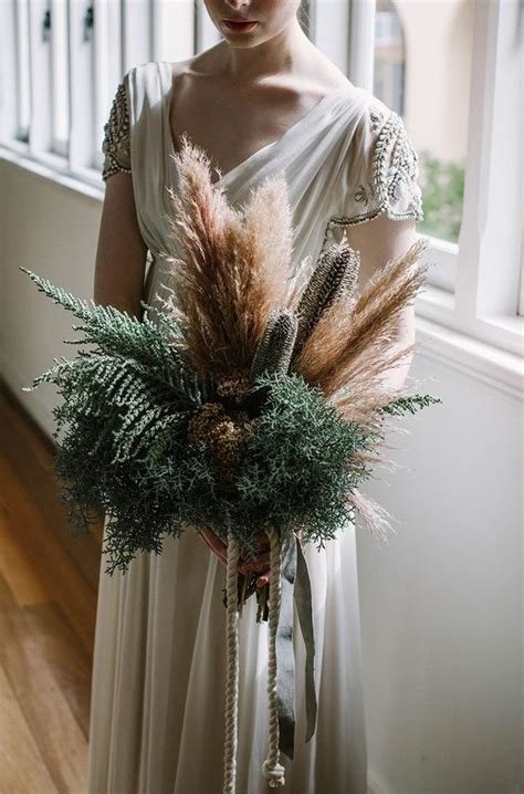 Simple Vase Centerpieces 42 Ways To Use Pampas Grass At Your Wedding Weddingomania