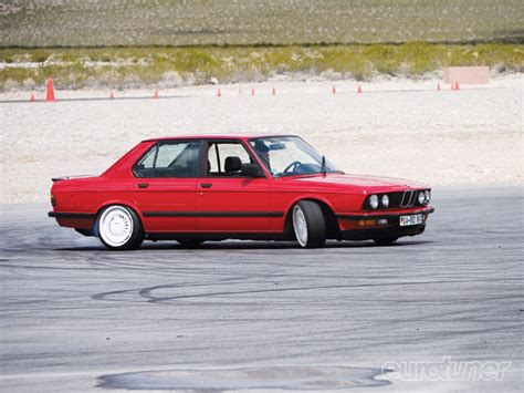 New BMW M5 E28 1985 1987 Cars wallpapers and specification
