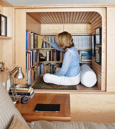 How To Make A Reading Nook In A Closet by Diy Reading Nooks Blackle Mag