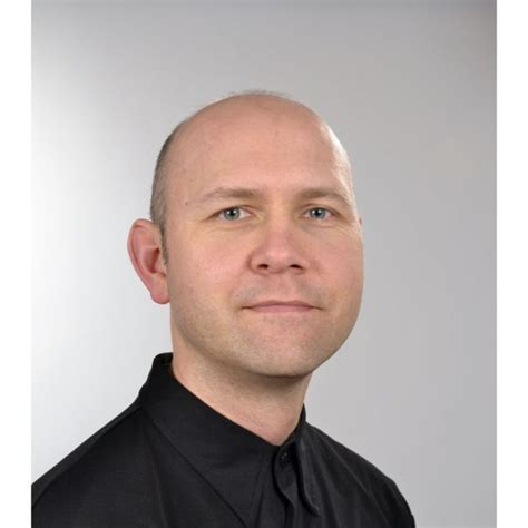 ronald hinz product manager classical webhosting - Hinz Hamburg