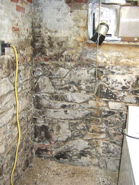 paint field stone basement walls