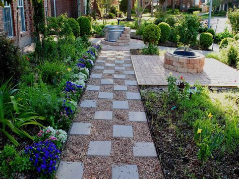 backyard gravel ideas gardening landscaping pea gravel patio ideas